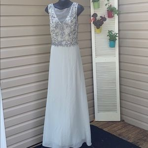 Adriana Pappell Bridal dress